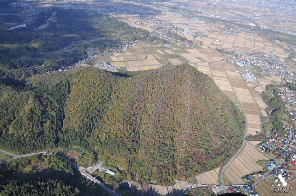 山形市柏倉、門伝、村木沢 富神山 須川 | 空から見た東北 ー集落景観の ...
